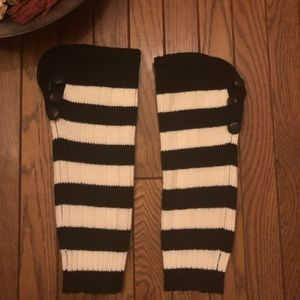 Accessories - Black & White striped w/buttons leg warmers